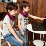 Réseaux sociaux: Faut-il autoriser les enfants à s'en servir?